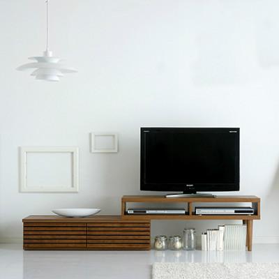 お部屋をおしゃれにするモダンなテレビボード