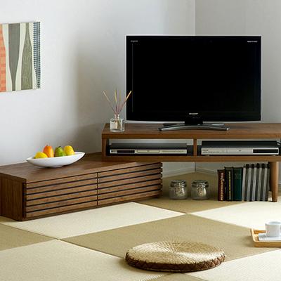 インテリアのバランスを考えたテレビボード
