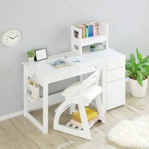シンプルが一番!ホワイトカラーの学習机をご紹介!