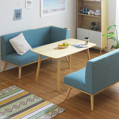 ダイニングテーブルとソファのセットでより快適なひとときを!