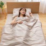 暑い夏でも快適に眠れる寝具3選をご紹介